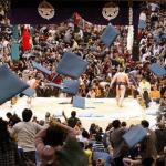 相撲で座布団を投げる理由は?禁止なの?持ち帰りはOK?